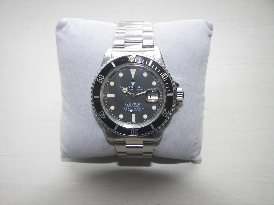 The Escrow.com guide to starting a vintage watch ...
